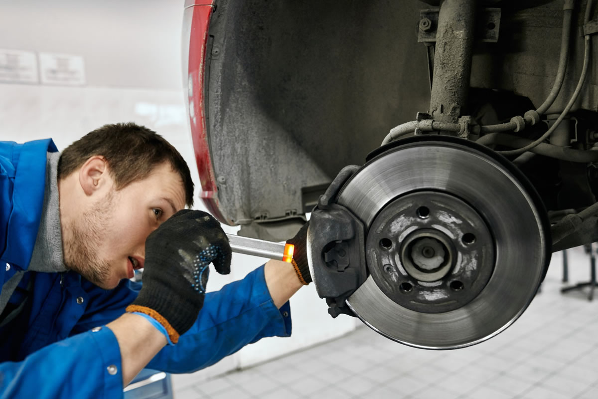 Four Signs that You May Need to Change Your Brake Pads
